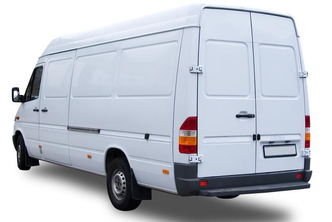 furgoneta blanca de transporte